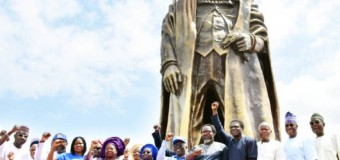 Ambode, Falana, Others Unveil Gani Fawehinmi's Statue In Lagos