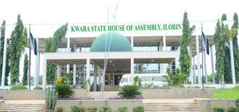 23 Kwara Assembly Lawmakers Loyal To Saraki Dump APC For PDP