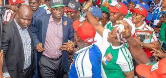 2019: Fashola Rallies 5,000 Foot-Soldiers For Buhari In Lagos-CompleteNews